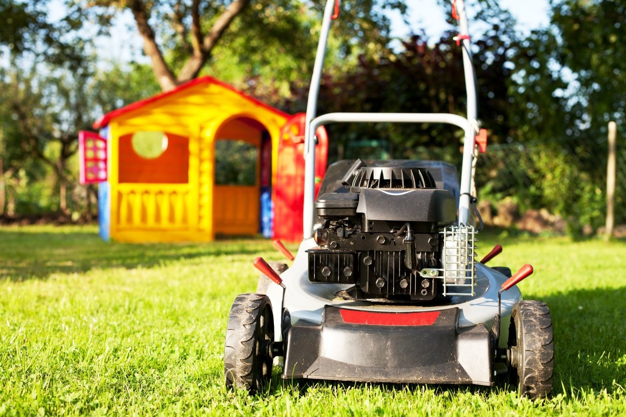 Can Using Roundup for Home Lawn or Garden Use Cause Cancer?