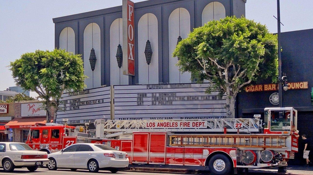 10 Injured in Dangerous South LA Traffic Collision